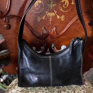 Kenneth Cole Reaction Leather Shoulder Bag